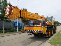 Piaţa de vânzare Derks Trucks BV